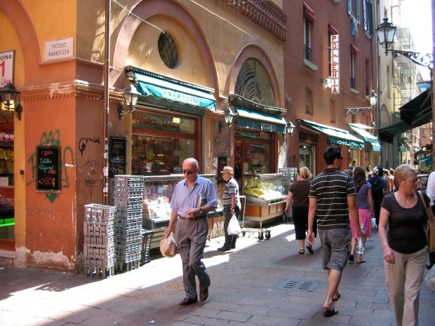 Walkable city of Bologna