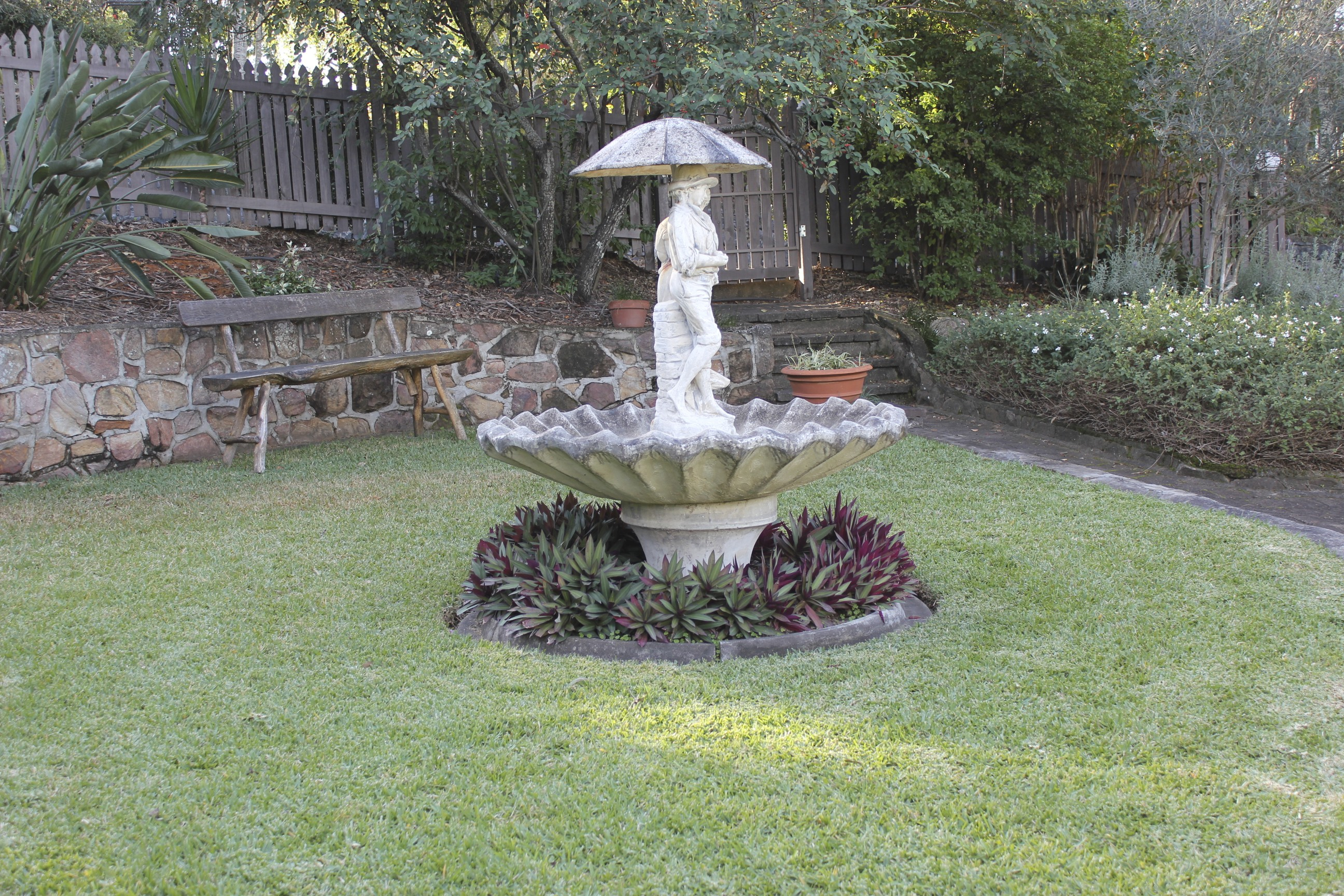 rock pin pondless fiber sale liquidart spring fountain concrete reinforced mountain garden fountains glass for kit