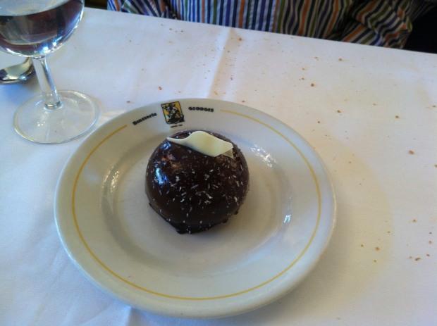 Choc dessert ball